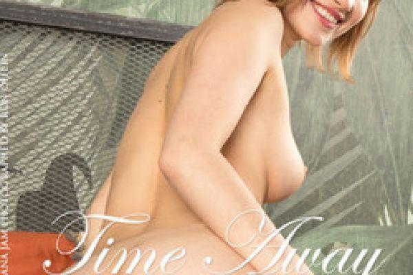 Diana Jam Time Away by Ron Offlin